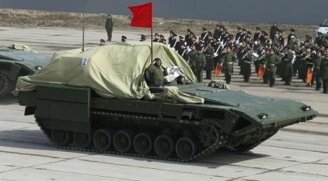 En kolonn med T-15